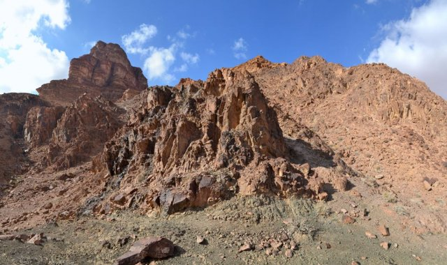 14 Ibex Canyon Lookout - Spectacular Rock Formations